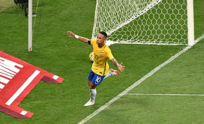 Neymar celebrating his historic 50th international goal