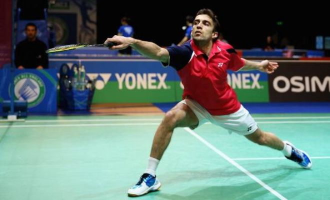 Anand Pawar moved into the third round of the 2015 Canada Open after beating Zhu Shiyuan of China 21-17 21-16 in 33 minutes in the second round.