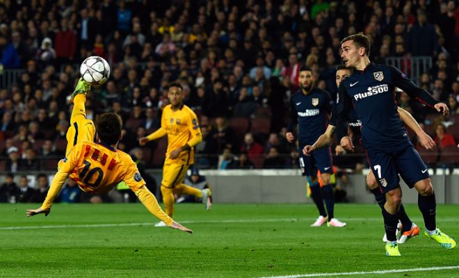 Another look at Messi looking to score his 500th goal with a bicycle kick!