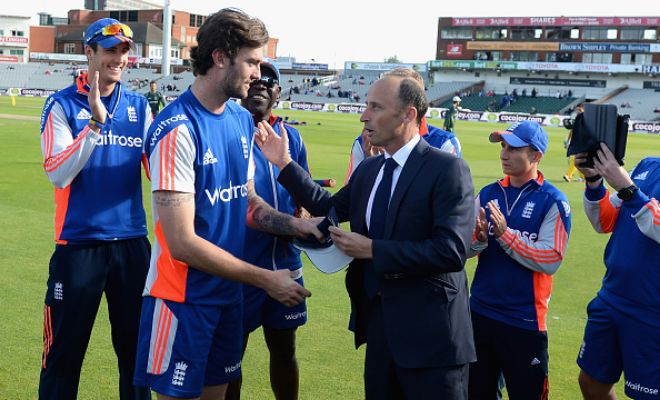 Reece Topley makes his ODI debut for England. Gets his cap from Naseer Hussain.