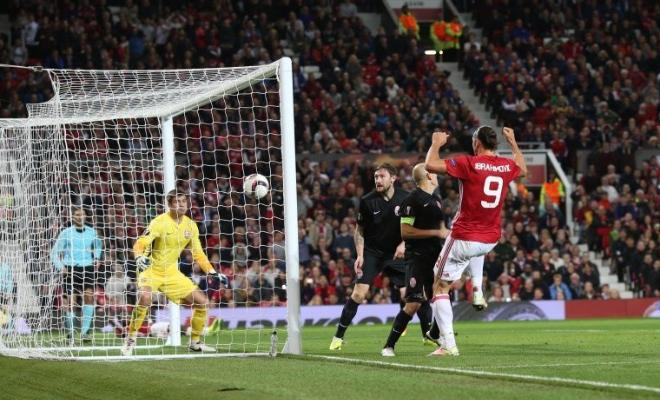 Here's the goal from Ibrahimovic that gave Man Utd a 1-0 lead.