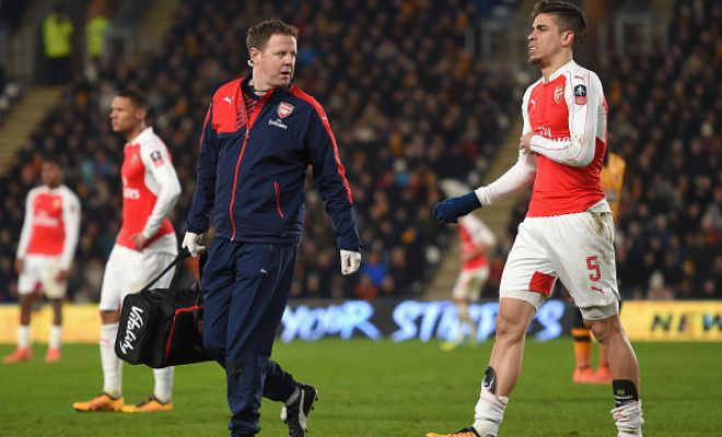 Gabriel had to be replaced due to a muscular injury. Third centre-back injured for Arsenal now after Koscielny and Mertesacker!