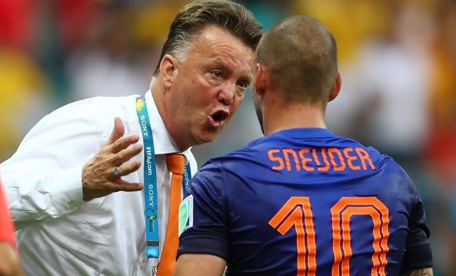 Wesley Sneijder slams Louis van GaalSneijder said Van Gaal is the
