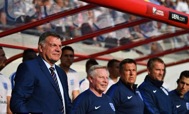 ALLARDYCE'S BACKROOM STAFF SET TO STAYAssistant Sammy Lee and goalkeeping coach Martyn Margetson are set to be retained as part of the staff which assists the England national team, regardless of whoever is appointed as the new England boss.