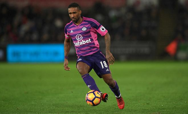 DEFOE BACK TO WEST HAM?West Ham are set to launch an audacious bid to bring striker Jermain Defoe back to the club from Sunderland, according to reports. The Hammers are reportedly readying a £6 million offer for the veteran marksman who started his career with the club.Sunderland would understandably withstand West Ham's attempts to snatch their main source of goals but they might be tempted to get Defoe off the wage bill.