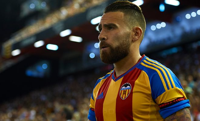 Manchester City have completed the signing of Nicolas Otamendi.The Argentine international has completed his move from Valencia, signing a five-year deal.He will wear the No.30 shirt. [Mirror]
