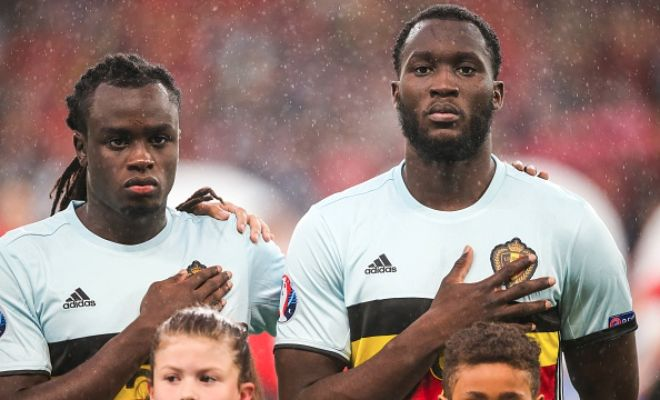 Romelu Lukaku's younger brother attracting attention!Lazio are ready to join Watford in a battle to sign Jordan Lukaku, who played alongside his elder sibling Romelu Lukaku for Belgium at the Euro.The defender from K.V. Oostende has been enquired about by Lazio as his club will be ready to cash in on him this summer, with his contract due to expire next year.