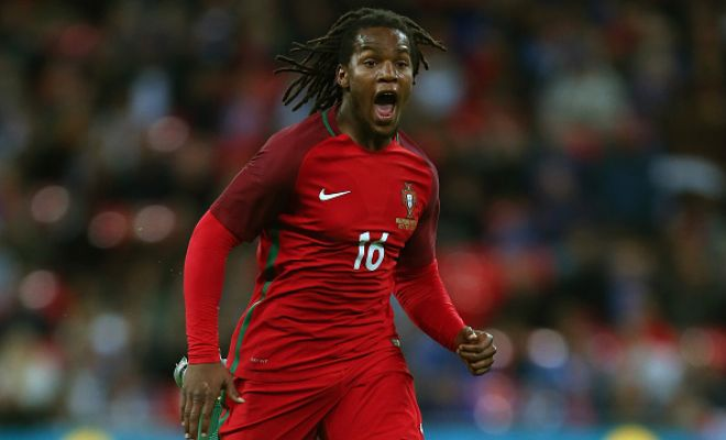 MASSIVE SHOCKER!Manchester United have made an enquiry to sign Renato Sanches from Bayern Munich. The Red Devils were in the race to sign the Portuguese youngster from Benfica but Bayern Munich snapped him up in the end.