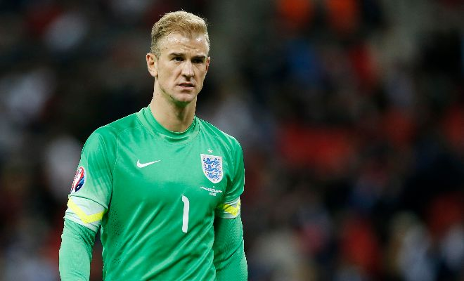 Toffees keep tabs on Joe Hart Joe Hart is considering his future as Manchester City are closing in a deal for Claudio Bravo. With Tim Howard leaving the Goodison Park last summer, Everton could be his new home.
