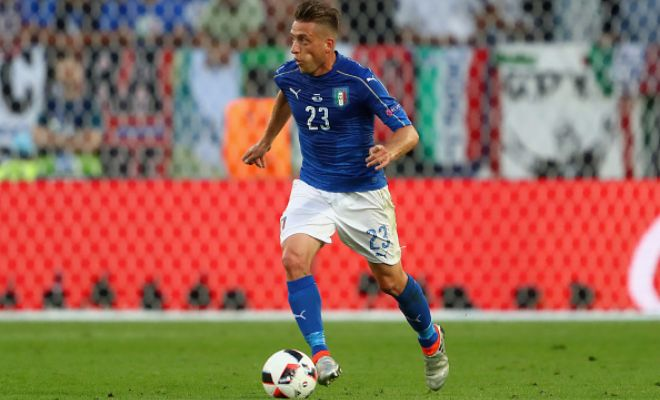 Emanuele Giaccherini has agreed to join Napoli. Sunderland and Napoli are negotiating a £1million fee for the Italian giants to bring the midfielder back home, considering the 31-year-old's performances at Euro 2016. Giaccherini spent last season on loan at Bologna and was rumored with a move to Juventus prior to agreeing terms with Napoli.