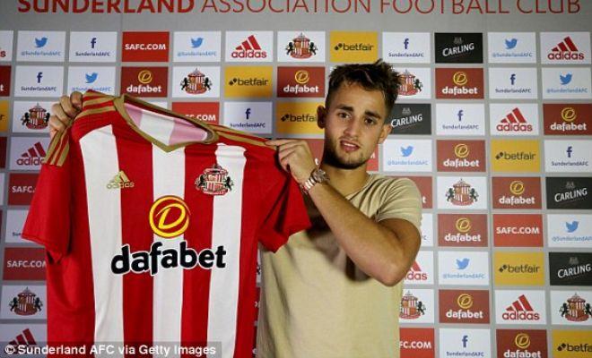 Sunderland unveil Adnan Januzaj!Adnan Januzaj who moved to the Black Cats for a season long loan has finally been officially unveiled.