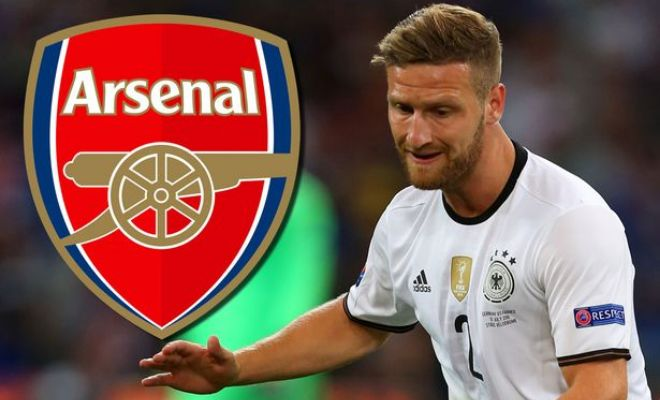 Wenger says he will sign a defender before the transfer window Arsene Wenger has promised Arsenal will sign a defender before the transfer window shuts. Wenger is still in negotiations with Valencia over Germany international centre-back Shkodran Mustafi and the Gunners are confident of agreeing a deal before the August 31 deadline.