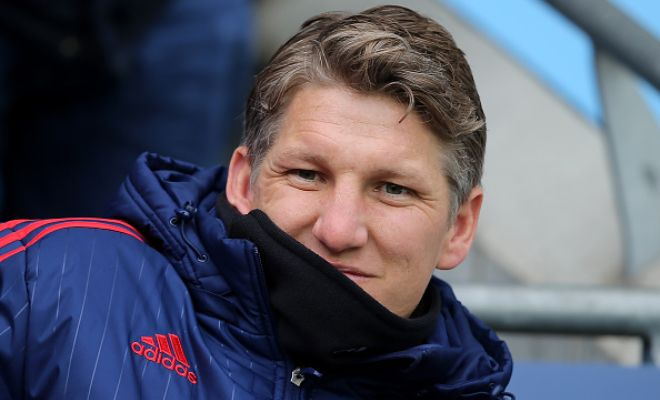 SCHWEING AWAYFanatik are reporting that Besiktas have begun talks with Bastian Schweinsteiger regarding a season-long loan move. Manchester United midfielder has been informed by Jose Mourinho that he's not a part of his plans and is free to leave.