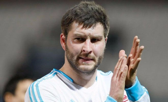 According to GFFN, Barcelona are trying to sign Tigres striker André-Pierre Gignac this summer. The Catalans have been on the lookout for a striker who can be a reliable backup to Luis Suarez and feel that the Frenchman is both talented and affordable enough to fill those shoes.