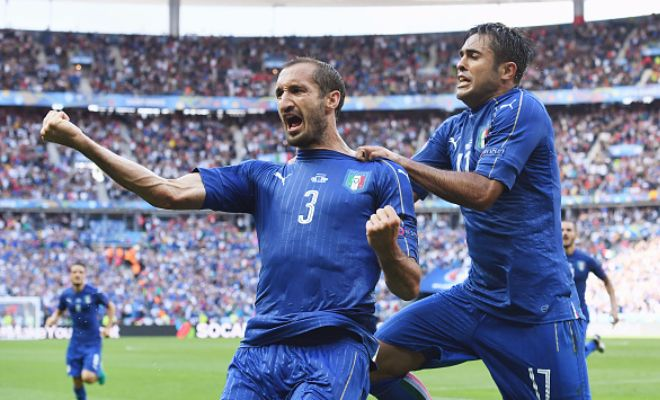 Conte wants Chiellini reunionConte's immensely successful Juventus side was built on a solid defence and it seems like the Chelsea boss now wants Chiellini to make a move to the Premier League