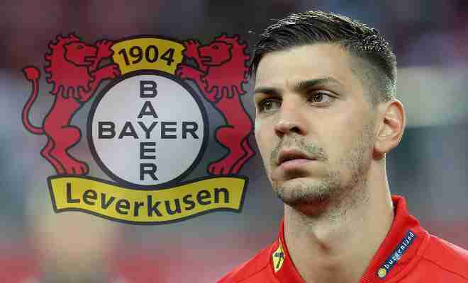 DRAGOVIC JOINS LEVERKUSEN!Bundesliga outfit Bayer Leverkusen has announced the signing of defender Aleksandar Dragovic from Dynamo Kiev. The Austrian defender has penned a five-year contract with the club and says he is looking forward to move a step ahead.