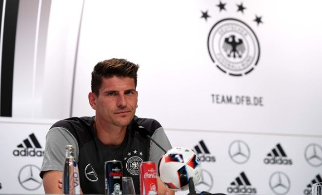 Borussia Dortmund officially pepper spray Mario Gomez rumours!Interest in German veteran Mario Gomez has shot up and a number of clubs have been reported to have the hots for him after he made an impression at the EURO 2016. Amongst major clubs, Borussia Dortmund, West Ham and Barcelona have been reported to have been working on a deal.However, Dortmund sporting director Michael Zorc  has dismissed rumours and publicly denied any interest from their side.