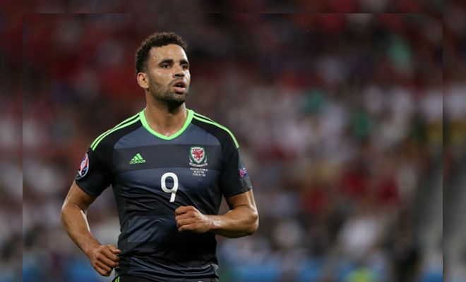 Everton and Leicester City seem to be battling for the services of one Hal-Robson 'Cruyff' Kanu. Good signing for the reigning Premier League Champions? Should they be looking for someone more fashionable to lead the line?