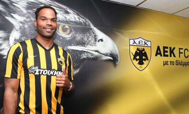 LESCOTT MOVES TO GREECEDefender Joleon Lescott has left Championship side Aston Villa to join Greek side AEK Athens on a two-year deal. Lescott was previously close to joining Scottish side Rangers but failed to agree terms.
