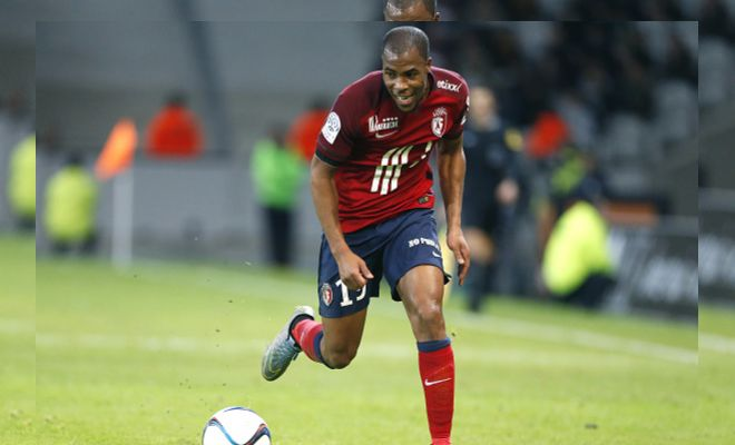 Godfather Wenger and Arsenal set to hijack a signing!Arsenal are set to sign Lille defender Djibril Sidibe. The prospect can play on either of the wings and impressed in the French Ligue last season. It appears the signing is to replace Kieron Gibbs who looks likely to leave the Gunners.Earlier, Monaco made a £12m move that was nearly approved by the player's club until Arsenal poked their nose into it. According to L'Equipe, Arsenal have muscled in on the deal ever since they found out that Lille had agreed to a fee, and presented Sidibe with an offer he couldn't refuse.In other news, Monaco is planning to sue whoever quotes the idiom,