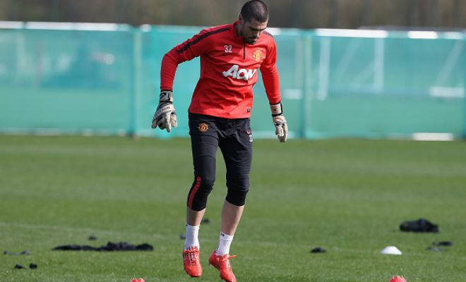 Rough days over?Former Barcelona star and insecure Manchester United goalkeeper Victor Valdes could finally get some game time in the Premier League by sealing a move to Middlesbrough.Newly promoted side Middlesbrough are trying to sign a few experienced players including Van Persie to bring them on par with the competition at elite level.