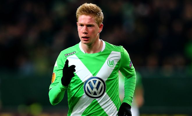 Manchester City are keen on signing Kevin De Bruyne this week so that the Belgian midfielder can face his former club Chelsea on Sunday. [Daily Mail]