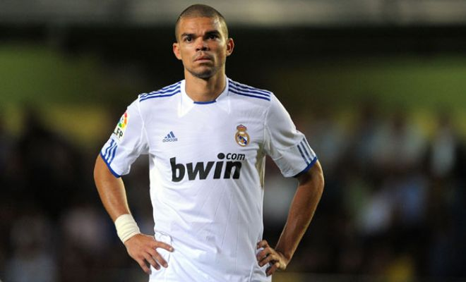 Pepe is set to sign a new contract with Real Madrid which will keep him at Santiago Bernabeu till 2017. [AS]