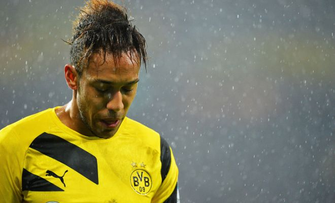 After Arsenal's offer for Karim Benzema was rejected, they have set their sights on Borussia Dortmund's Pierre-Emerick Aubameyang who is valued at £31 million. (Reviersport)