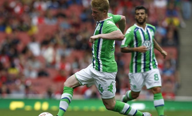 Kevin De Bruyne and agent Patrick De Koster will be meeting Manchester City director of football Txiki Begiristain. Bruyne is currently in England with Wolfsburg for the Emirates Cup.