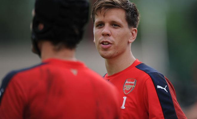 Arsenal goalkeeper Wojciech Szczesny is set to undergo a medical with Serie A side AS Roma next week before completing his loan switch. (Sky Italia)