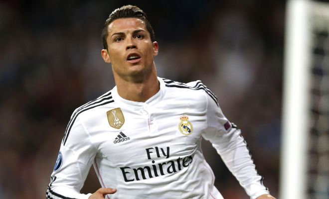 Real Madrid rejected €120m bid for Cristiano Ronaldo from PSG. [AS]