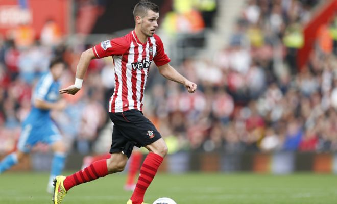 Southampton's Morgan Schneiderlin has agreed to a four-year contract with Manchester United with a bid of £21 million in place. The fee is yet to be agreed between the two clubs. (L'Equipe)