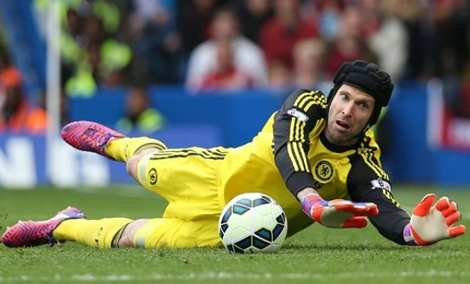 Chelsea will allow Petr Cech to join Arsenal or Manchester United. [Telegraph]