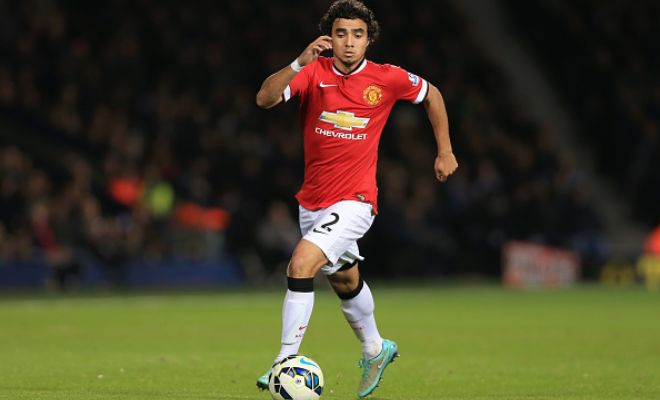 Manchester United have told their right-back Rafael that he can leave the club. He has been offered to several clubs including Galatasaray, Napoli and Fiorentina. (Sky)