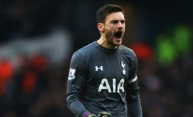 Hugo Lloris has stunned Spurs by admitting he fancies moving to Manchester United. [Sun]