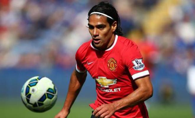 Jose Mourinho is interested in Radamel Falcao but he has 4 more strikers shortlisted. [Daily Mail]