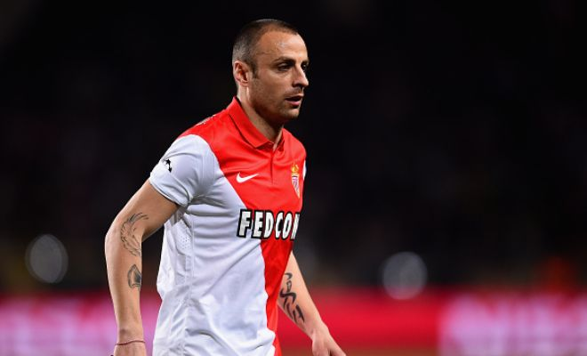 Aston Villa are very close to completing the signing of Dimitar Berbatov from Monaco on a free transfer. [Daily Express]