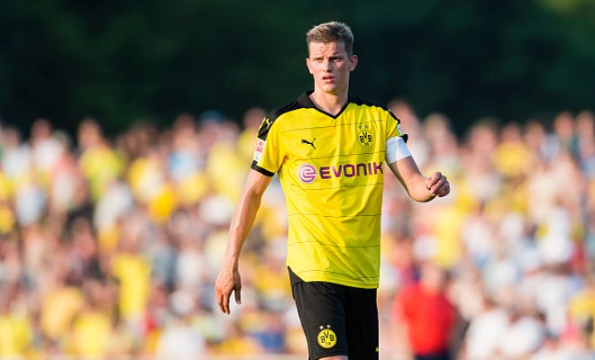 Tottenham Hotspur are looking at Borussia Dortmund midfielder Sven Bender as a possible option to boost their team ahead of the new season. [Daily Mirror]