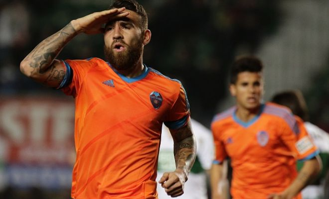 Manchester City are very close to completing the signing of Valencia centre-back Nicolas Otamendi and he will undergo a medical today. Eliaquim Mangala will not go on loan the other way. [Sky Sports]