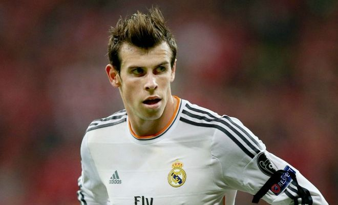 Manchester United haven't given up on signing Gareth Bale from Real Madrid for a world record fee. [Sunday Express]