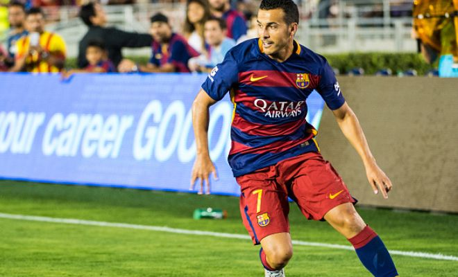 Liverpool are set to compete against Manchester United as they enter the race to sign Barcelona's Pedro once again. (Mundo Deportivo)