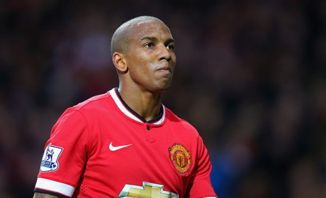 Ashley Young could sign a new contract at Manchester United soon, dashing Tottenham's hopes of signing the winger. [Talksport]