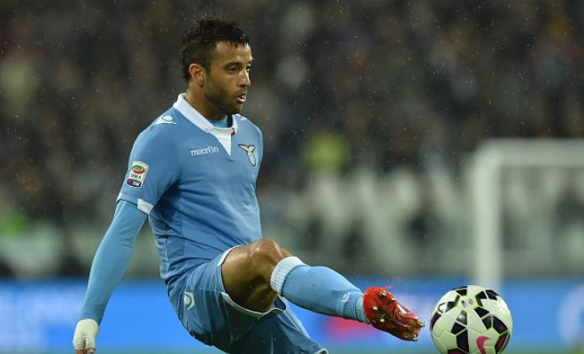 Manchester United are interested in Lazio's Felipe Anderson and are willing to bid £30m for his signature. (Sun)