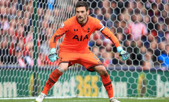Manchester United are eyeing Hugo Lloris as a replacement for David de Gea and have already made contact with the French goalkeeper. [L'Equipe]