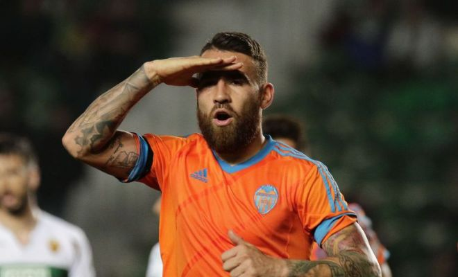 Nicolas Otamendi hands in transfer request, wants to join Manchester United. [Daily Star]