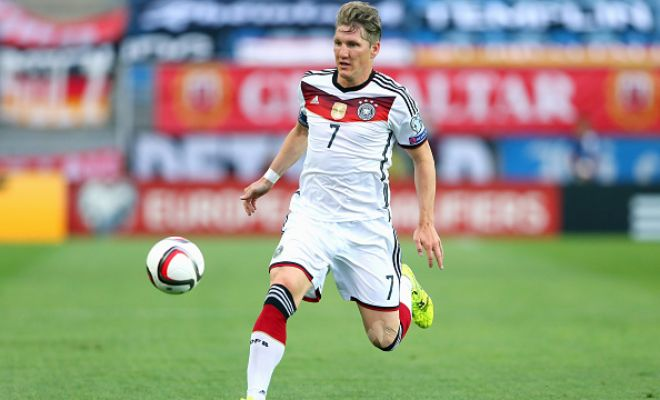 With only a year left in his contract, Manchester United are said to be closing in a £7.5million deal for Bayern Munich midfielder Bastian Schweinsteiger. (The Sunday People)