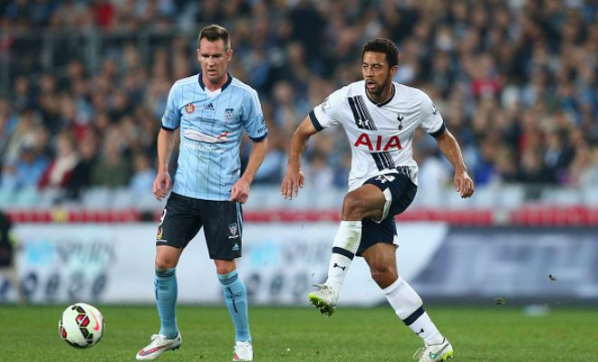 Chelsea are looking at Tottenham midfielder Mousa Dembele as a possible replacement for John Obi Mikel. (Sun)