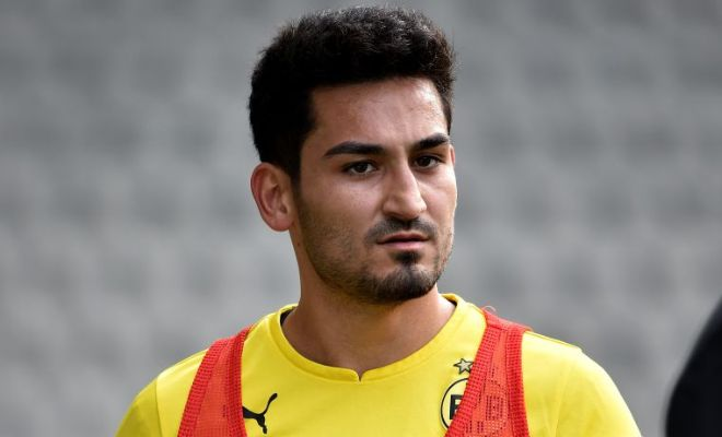 Manchester United to announce the signing of Ilkay Gundogan from Borussia Dortmund despite talk of him holding talks with other teams. [Metro]