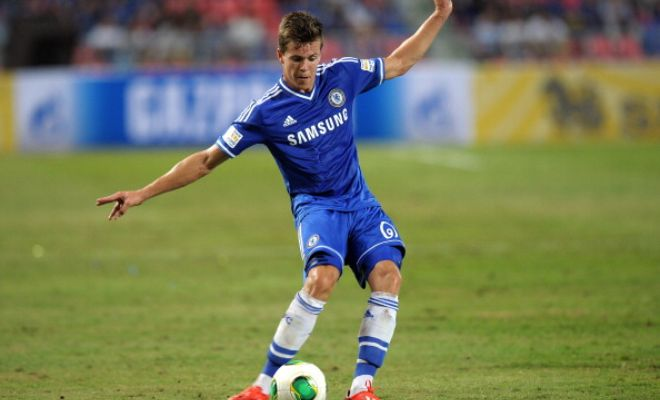 Newcastle United are interested in signing Chelsea midfielder Marco van Ginkel. (Daily Mail)