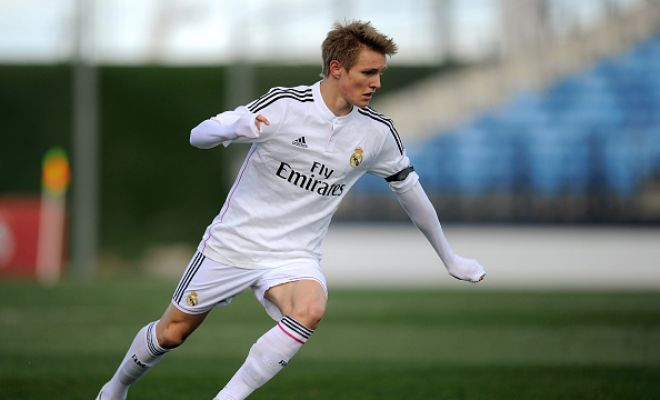 Real Madrid are set to send youngster Martin Odegaard out on loan with Villarreal being the likely destination. (Daily Mail)